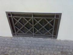 ocelová mříž