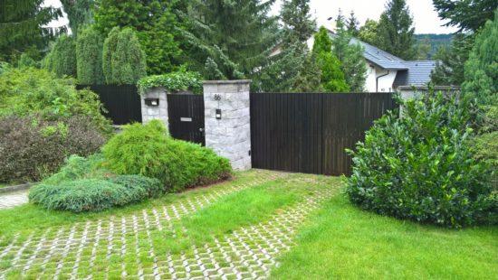 dřevěný plot v Řitce